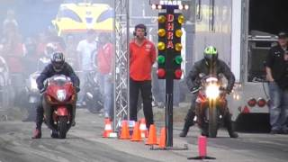 Test Speed Ducati Monster vs Suzuki GSX-R 1000