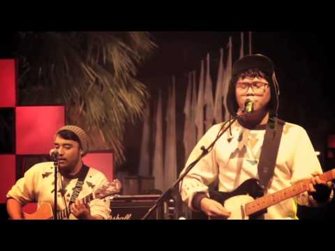 Download  L'Alphalpha - Funk the Hole Live at Radioshow TVOne Gratis, download lagu terbaru