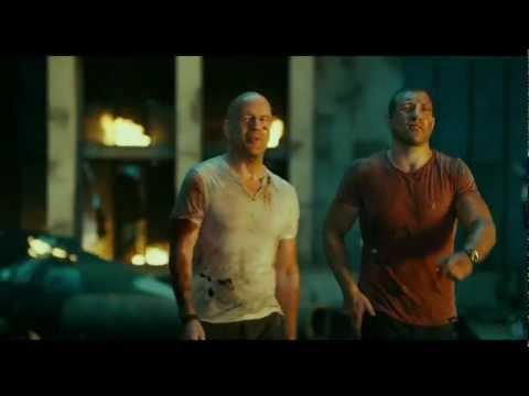 Duro de Matar 5 Um Bom Dia para Morrer - Trailer 3 Legendado [HD]
