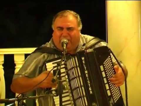 аккордеон Армян красавчик