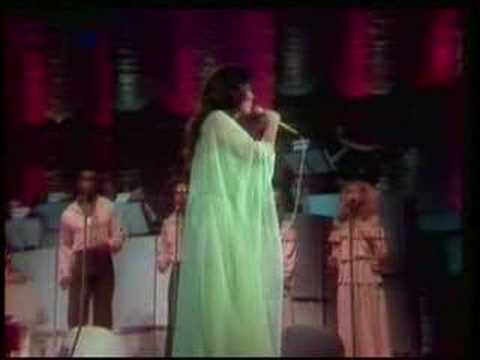 Loretta Lynn - You Ain't Woman Enough (Live)