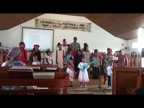 L'espoir se dessine reprise  avec les enfants de l'école du dimanche