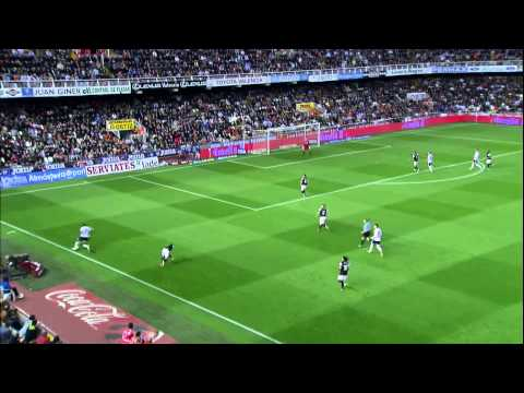 Roberto Soldado #9 All goals in La Liga 2012-2013!