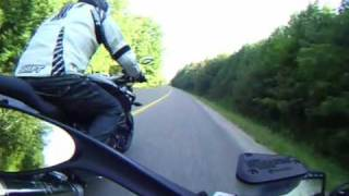 Test Drive: 2009 Ducati Streetfighter vs 2009 BMW K1300R