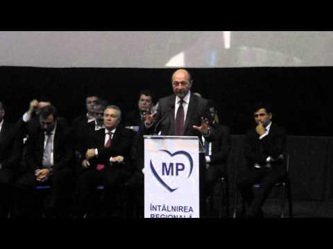 Traian Băsescu vorbeste la Cluj despre atentatele de la Paris 4