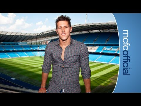 JOVETIC SIGNS: Exclusive interview and behind the scenes look