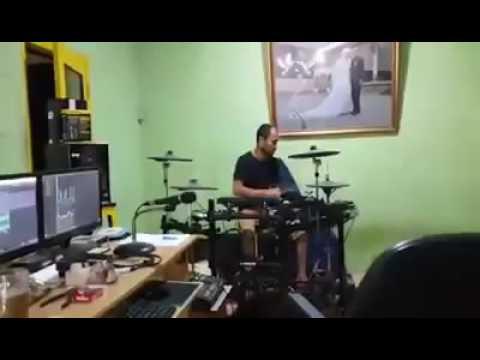 Lagu Dikit Dikit 2 bergek Band 2016   YouTube