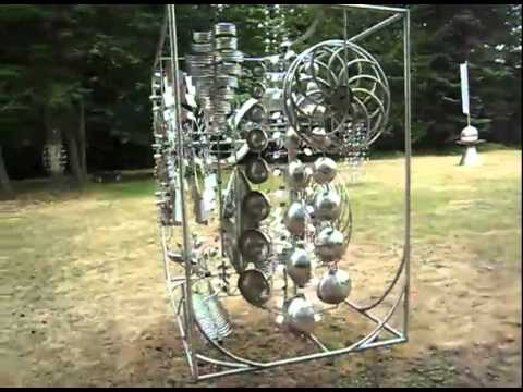 Orcas Island, WA  Anthony Howe's kinetic sculptures. [VIDEO].flv