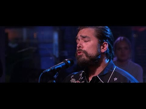 Waylon ontroert iedereen met 'I Will Always Love You' - RTL LATE NIGHT | RTL Late Night