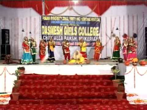 Dasmesh Girls College`s Giddha in Punjab University Youth Fest 2012
