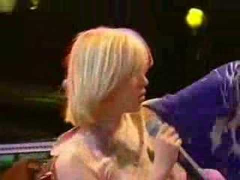Moloko -  Sing It Back (Live @ Glastonbury 2000) Pt2