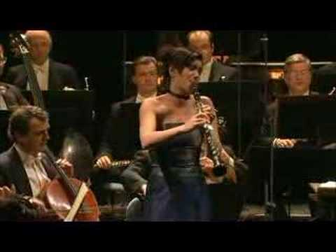 sharon kam mozarts clarinet concerto,first movement Video