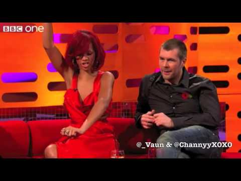 Funny & Cute Rihanna Moments.. klip izle