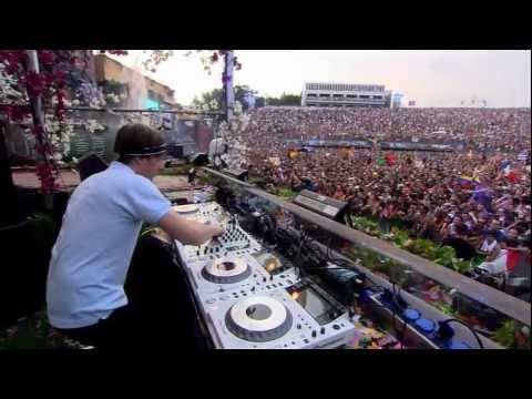 Martin Solveig at Tomorrowland 2012 Music Videos