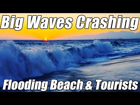 BIG WAVES Crashing on LA Beach & Tourists from...