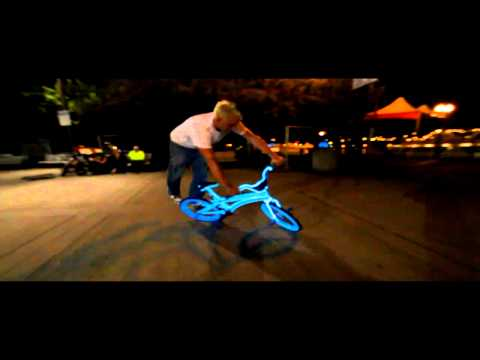 """Blake Hicks vs. Tron Bike"" ( round 1 )"