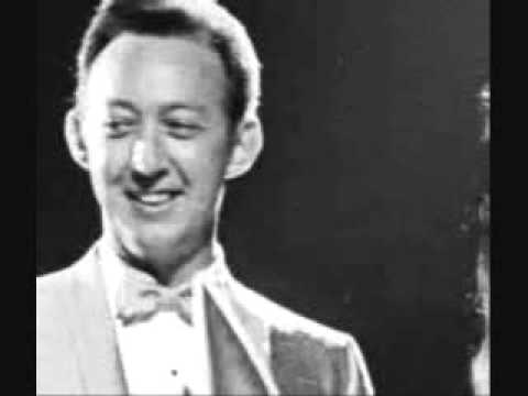 Jack Greene - She Wakes Me Every Morning With A Kiss