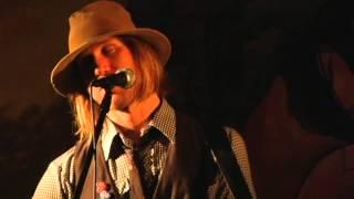Watch Todd Snider Carla video