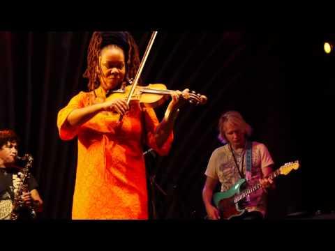 Tizer with Karen Briggs - 14 (Tanzanika)