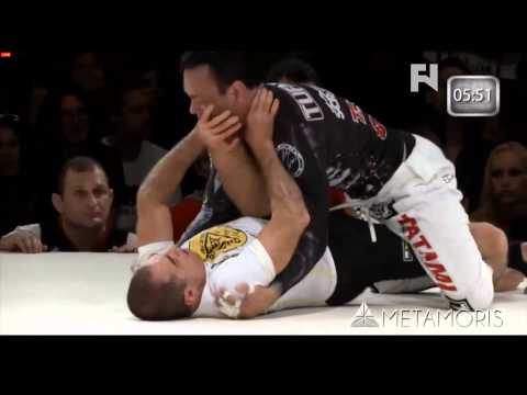 5 Rounds: Robin Breaks Down Eddie Bravo vs. Royler Gracie from Metamoris 3 Image 1