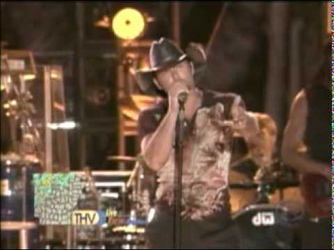 Nsync Atlantis Concert - Tim McGraw - Have We Lost Our Way (1)