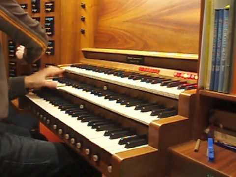 Pirates of the Caribbean - He´s a pirate (organ) / Fluch der Karibik OST (Orgel)