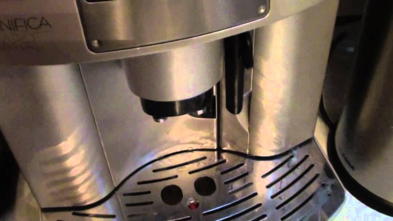 test delonghi esam 3400 kaffeevollautomat youtube. Black Bedroom Furniture Sets. Home Design Ideas