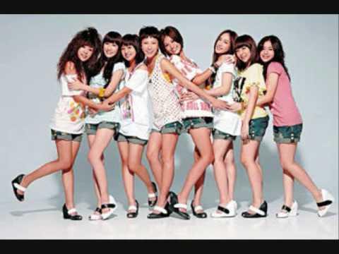 Nu Sheng 女生- Hei Girl 黑girl (christine And Maggie Singing) video