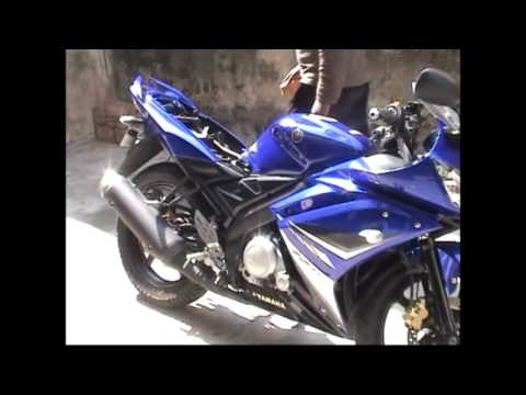 Yamaha R15 Video