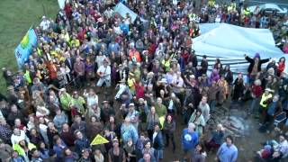 3000 people block Metgasco at the #BentleyBlockade 14 April 2014
