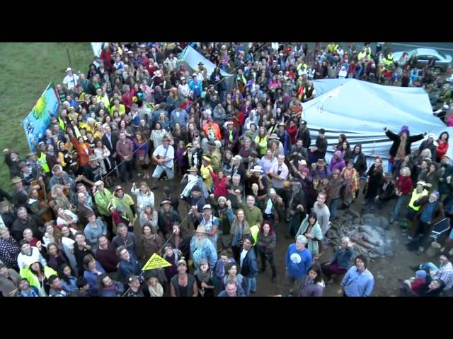 3000 people block Metgasco at the Bentley Blockade 14 April 2014