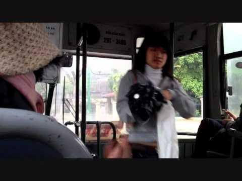 Hanoi Public Bus - Day 2 - 1 minute in Hanoi - 24 March 2011.wmv.wmv