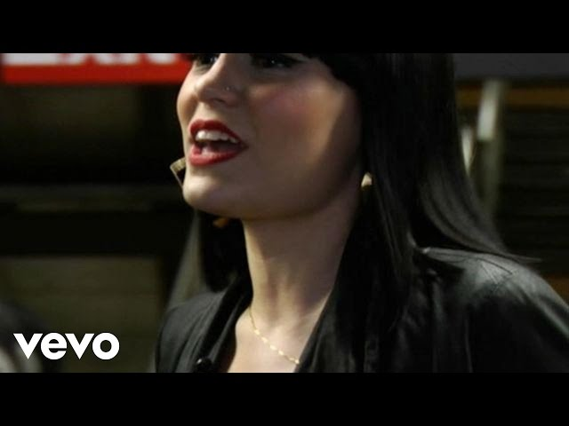 Jessie J - Price Tag (Boombox Series)