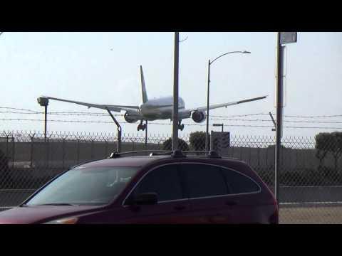 Eva Air Boeing 777-300ER Landing in Los Angeles International Airport.