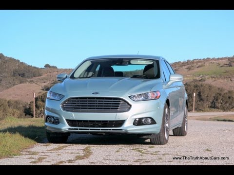 2013 Ford Fusion Hybrid Review and Road Test