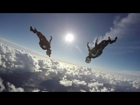 Skydiving in slow motion with Jokke Sommer