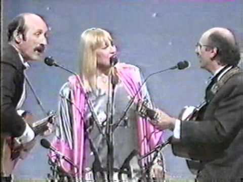 Peter, Paul & Mary - We Wish You A Merry Christmas