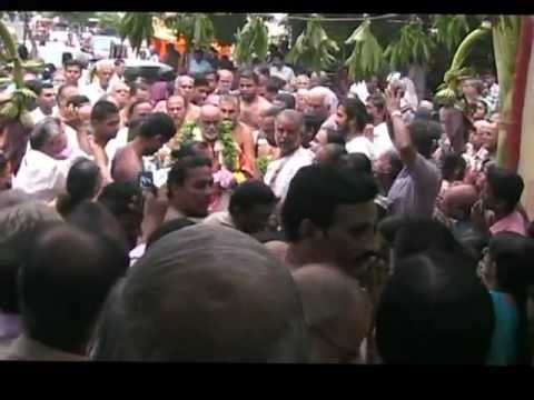 Krishna Premi.mpg - A Roaring  Welcome To Anna At Ayodhya Mandapam 19.07.2012 video