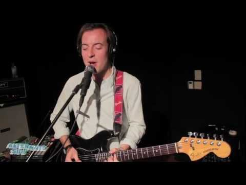 Bombay Bicycle Club - Shuffle (Live at WFUV)