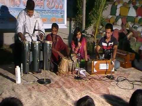 Shukno Patar Nupur Paaye -  Solo Song By Ema