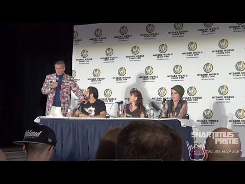 Bruce Campbell Panel at Wizard World Sacramento 2014