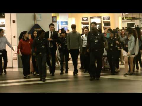 Lee Min Ho arrival @ Singapore T2 16th Dec 13 Music Videos