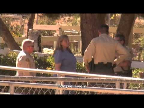 Debbie Rowe Calls  Sheriff's Department on the paparazzi