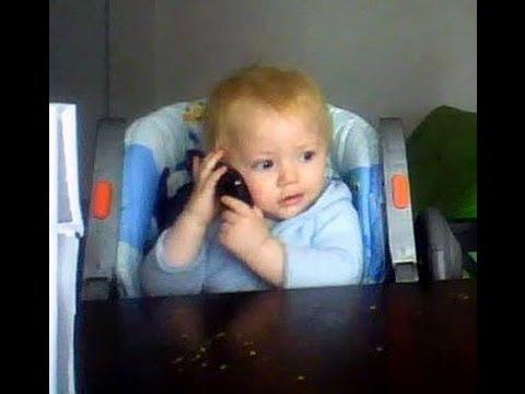 BEBE hablando por TELEFONO IMPERDIBLE