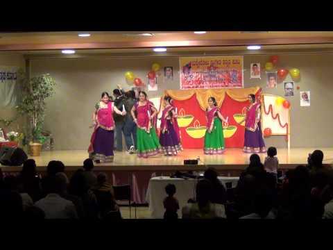 SKK Deepawali and Karnataka Rajyotsava 2013 - Bollywood Medley Dance (Tulunadu Trailblazers)