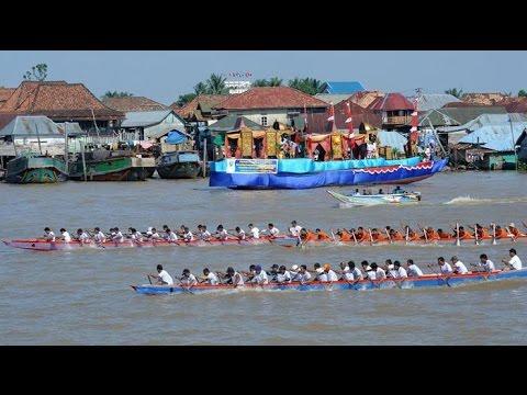 Lomba Perahu Bidar (Kayuagung Asli vs Perigi)