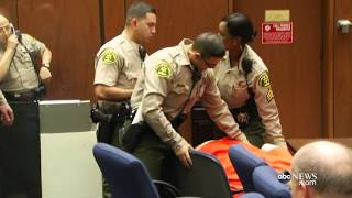 Suge Knight Collapses After Bail Set at $25 Million