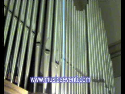 Marcia Nuziale Mendelssohn suonata nel duomo di Predappio Forli dal Prof. Endriu Passavanti www.musicaeventi.com.