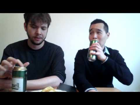 Two Americans discuss living in Prague