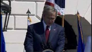 President Bush amuses Queen